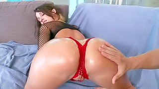 Sweet wet brunette girl Jada Stevens shows off her perfect bare bubble butt as she takes a bath. Then she demonstrates her butt again but wearing lovely red panties. And she makes no secret of her pussy