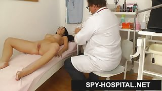 Hot brunette gyn doctor appointment on hidden camera
